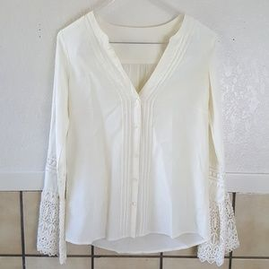 Vintage Long bell sleeve button up blouse